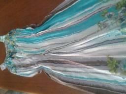 Vestidos lindos aproveita!!!
