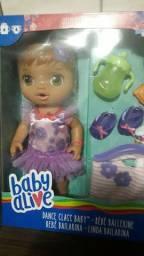 Boneca Baby live novas igual  a foto nunca usado e nem aberta ótima pra presente