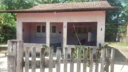 Vendo ou troco casa em Benevides