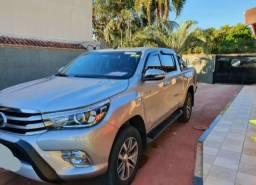 Vendo com urgência Toyota Hilux
