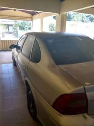Vendo Vectra 2004 gasolina e  GNV