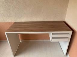 Mesa\Escrivaninha MDF