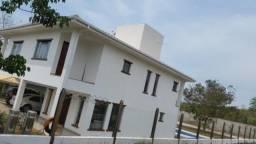 Título do anúncio: Linda Casa de 320 m² lote de 1000m2. Condomínio Vitória Golf Residence.