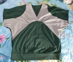 Blusa feminina de poliéster verde