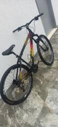 Bike com nota fiscal e freios hidráulicos