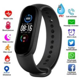 Título do anúncio: M5 relógio inteligente para homens e mulheres, frequência cardíaca, pressão arterial