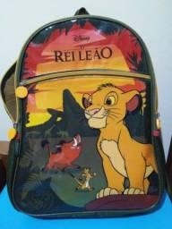 Título do anúncio: Kit mochila escolar infantil Rei Leão Pacific