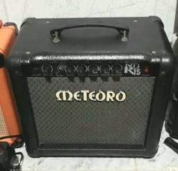 Cubo Amplificador de Guitarra Meteoro ND15R