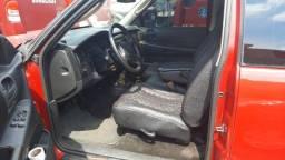 Título do anúncio: Dodge dakota  diesel 2001 motor mwm