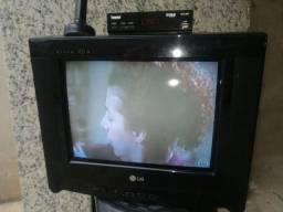 TV LG 14 polegadas suporte de parede conversor antena digital