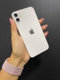 Título do anúncio: iPhone 11 256GB branco ( perfeito estado )