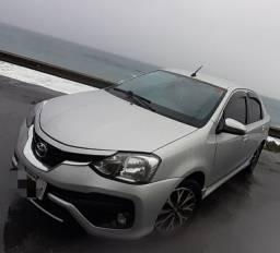 Toyota Etios Platinum Sedan 1.5 Automatico