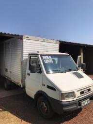 Caminhão Iveco 4912 - Bom Estado