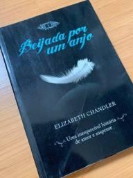 Título do anúncio: Livro Beijada por um anjo
