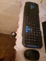 Teclado e mouse game