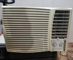 Ar condicionado Springer 220v 7500btus classificação A gelando perfeitamente barato