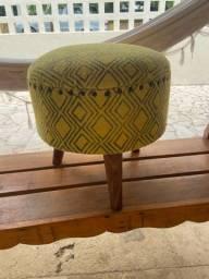 Banco/Cadeira amarela