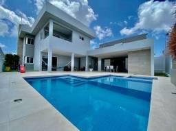 Casa com 3 suítes, varanda e espaço gourmet em cond. fechado por apenas 1.300M