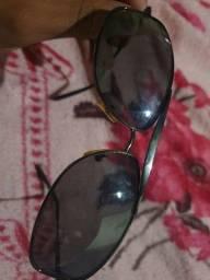 Título do anúncio: Vendo óculos ray ban