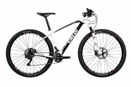 """Bicicleta Caloi Carbon Racing aro 29Er tamanho 19"""" ( Nova na caixa. Apenas venda)"""