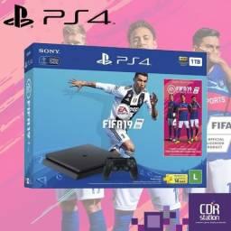 Playstation 4 Slim 1 Tb + Fifa 19 PS4 - Novo 2 Anos de Garantia