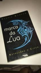 Livro Marca da Lua, Revelando o Ciclo