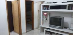 Casa 2 quartos - Rua Histonia, Jardim Redentor