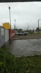 Vendo Terreno para Galpao De Esquina a 10 metros da pista na rotula do Porto. R$300 Mil