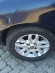 Troco essa roda nas de ferro 13 ou 14 com volta em dinheiro pra mim