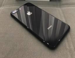 IPhone 8 Plus 64Gb / impecável