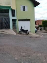 Casa com garagem e 1 quarto no Jardim das FLores - Piracicaba, SP