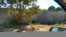 Terreno a venda no bairro Filadélfia murado bem localizado