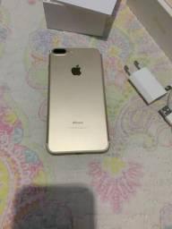 Vendo iPhone 7 Plus dourado