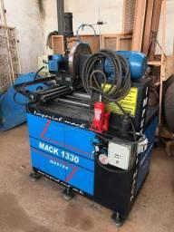 Torno Desempenador e Diamantador de Rodas - Mack 1330