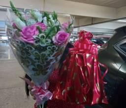 Título do anúncio: Buques de flores em Promoção