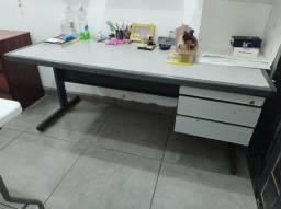 Mesa escritório / Escrivaninha