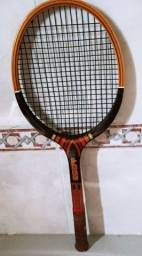 Título do anúncio: Raquete de Tênis EDDY - Relíquia