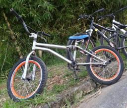 Vendo ou troco bike aro 20