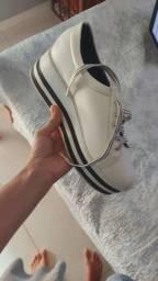 Título do anúncio: Tênis Sapatinho de luxo 37