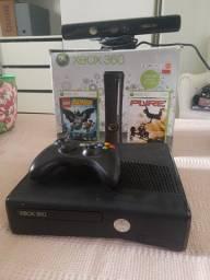 Xbox360 bloqueado, guitarra, controle, Kinect e cabos