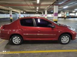 Peugeot 207 Passion Sedan 1.4 Xr Sport 2012