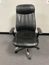 Título do anúncio: Cadeira Executiva para o escritório