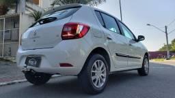 Título do anúncio: Renault Sandero 1.6 Expression  vendo troco e financio R$