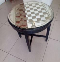 Título do anúncio: Mesa antiga com vidro xadrez