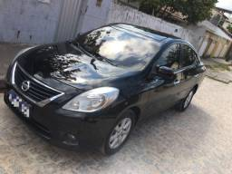 Repasso Nissan Versa SL 1.6 Flex 2013 parcelas de 570,00