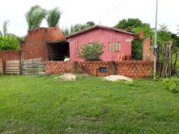 Vendo uma casa em Lagoa Alegre
