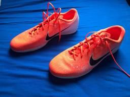 Chuteira Nike mercurial Futsal