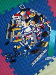 Lego Original 190 peças c/base retangular, boneco e todas 200 peças sortidas