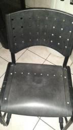 Estou vendendo duas cadeiras