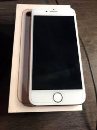 iPhone 8 . Novíssimo em perfeito estado .